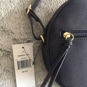 013baeb6a68 Tommy Hilfiger Bags | New Navy Blue Round Crossbody Bag Purse | Poshmark